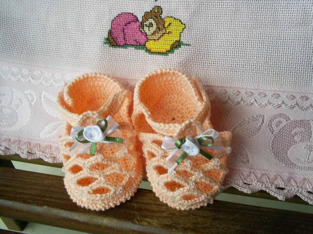 6aa3f20557 Maria Amélia - Crochê  Gráfico de sandalinha de crohe - Salmão ...