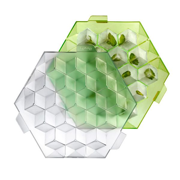 Perfect Geometric Ice I hate those cubes that are not perfect cube shape.