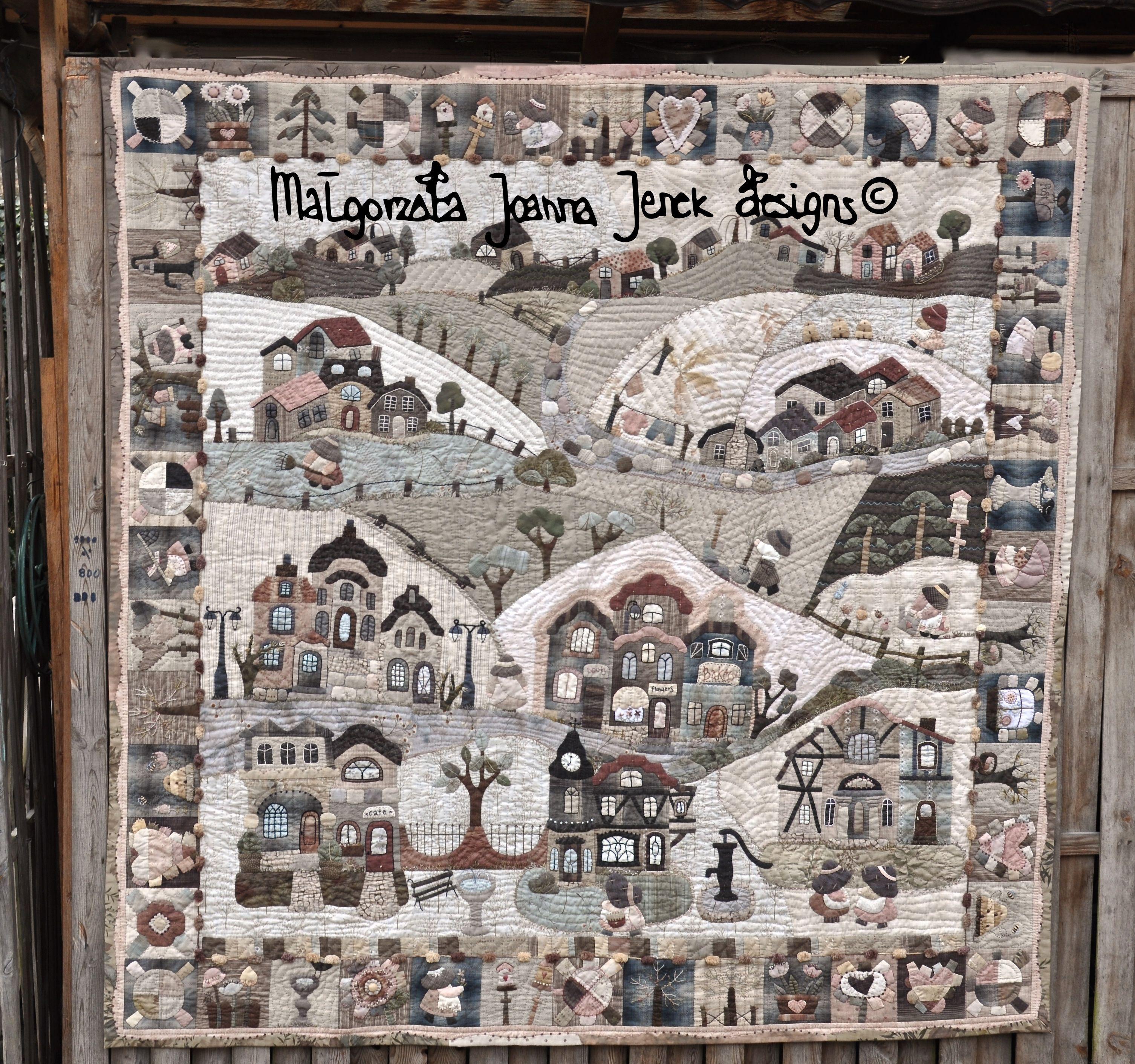 "Quilt w calosci uszyty recznie. Projekt autorski: ""The Dutch memories"" © - Malgorzata Joanna Jenek . Hand quilting # patchwork # hand appliqué # hand embroidery # appliquéd townhouses # quilt projects # http://malgorzatajenekdesigns.blogspot.de"