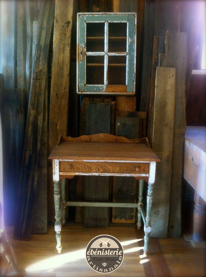 Ensemble armoire à pharmacie et table de toilette en orme, antiquage - peindre une armoire en bois