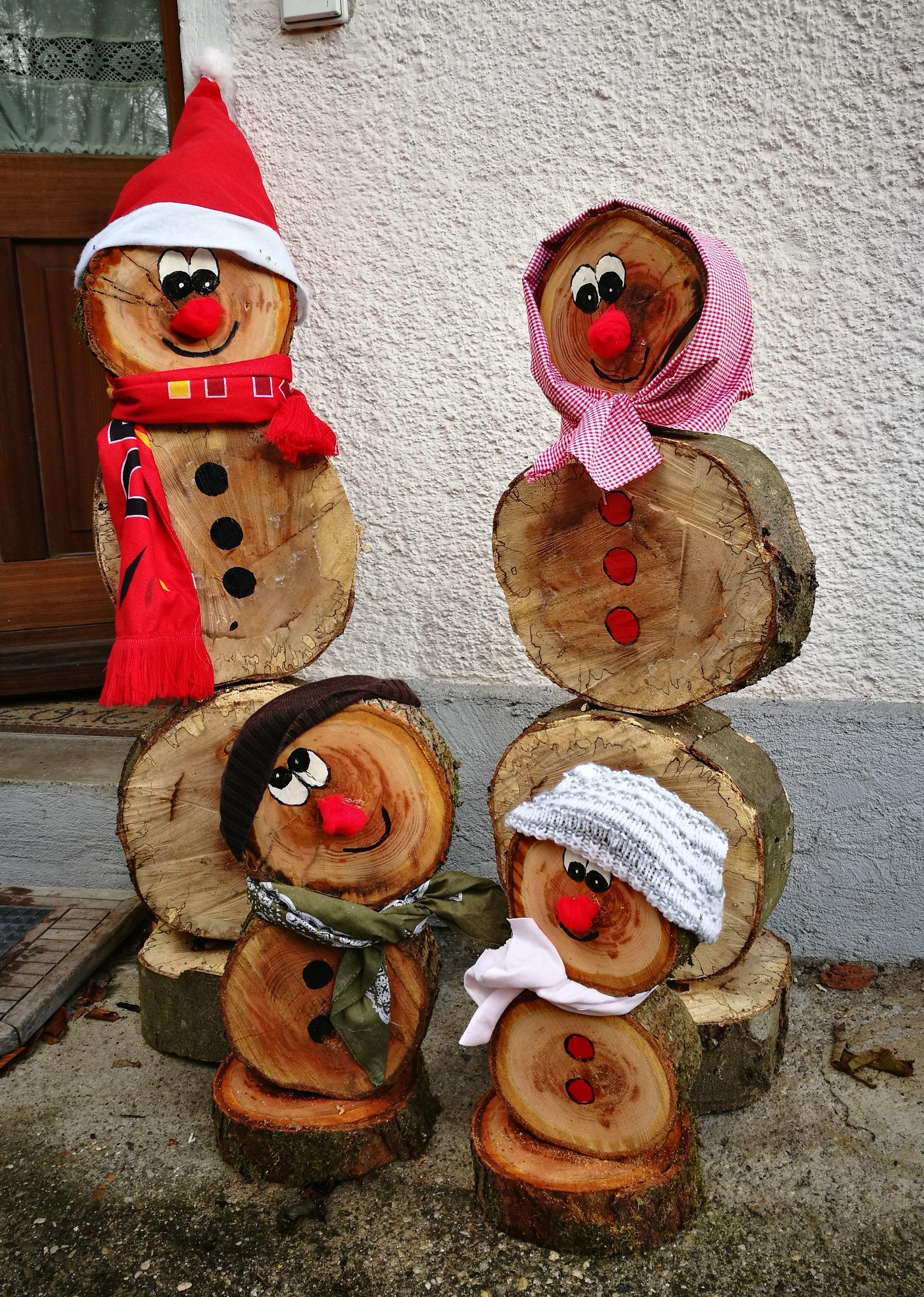 Familie Schneemann....aus Baumscheiben   Bastelarbeiten ...