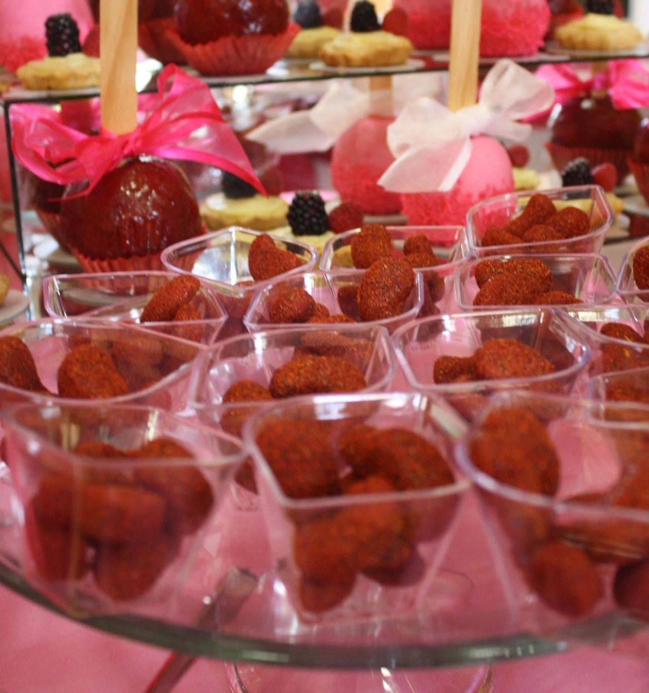 Mesa de dulces para bautizo ni a enchilados bautizos for Mesa de dulces para bautizo de nina