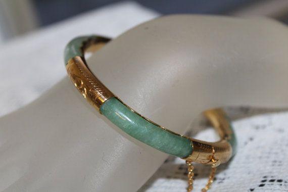 Vintage Jade Bracelet Asian Chinese Jewelry by TreasuresFromUs
