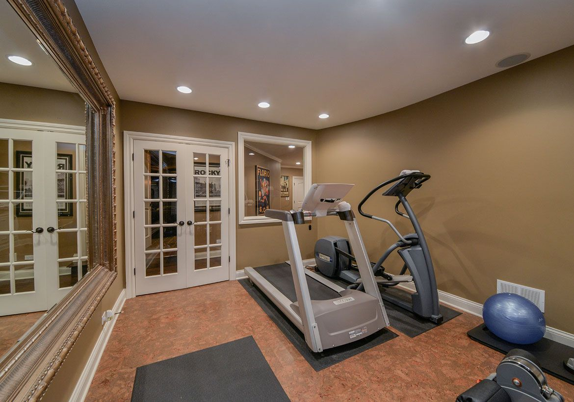 Best home gym flooring workout room flooring options in