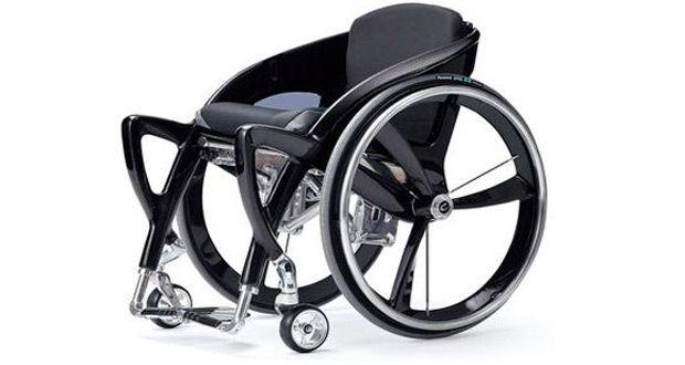 ساخت یک ویلچر خود بالابر با قابلیت استفاده دستی در کشور تکراتو