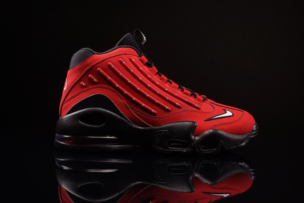 Air griffey max ii university red nike red sneakers