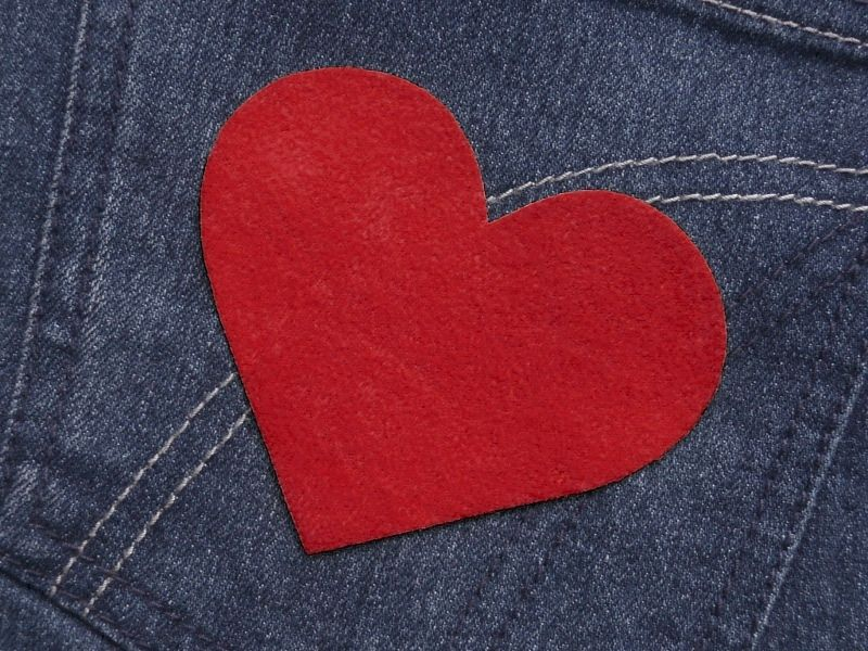 Herz  (Größe L) rot Bügelmotiv Patch 85mm  von Silwarin auf DaWanda.com
