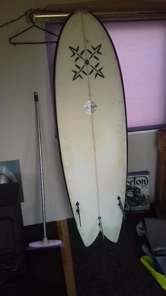 https://www.gumtree.com/p/surfboards-windsurfs/5-10-retro-fish-/1193530243