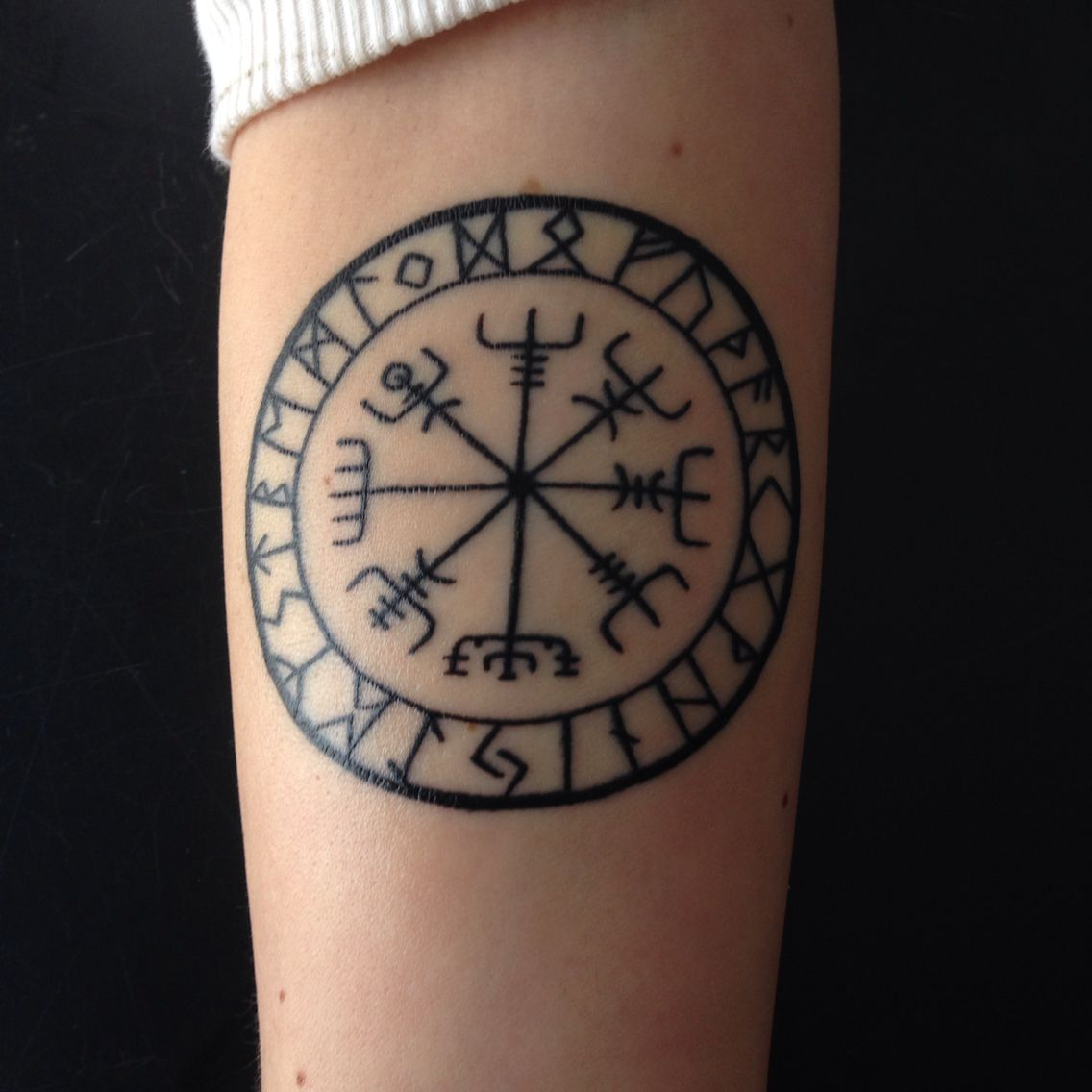 Nordic Compass Tattoo Done By Tyler Kolvenbach From Hudson Valley Tattoos In Ny Tatouage Viking Tatouage Tatoo