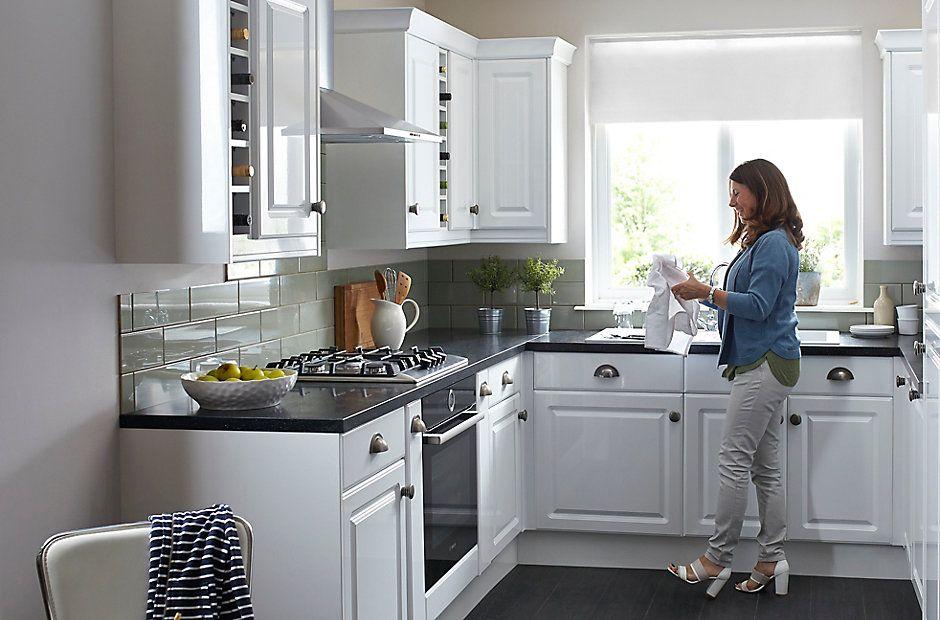 It Chilton Gloss White Style Diy At B Q Kitchen White Shaker Kitchen Kitchen Fittings
