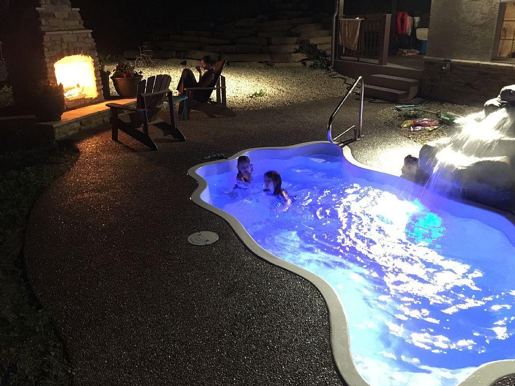 Vrbo Com 507924 Luxury Cabin With Private Pool Hot Tub Water Feature Ohio Romantic Getawa Romantic Cabin Getaway Romantic Getaways Best Romantic Getaways