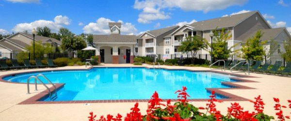 931 551 4755 1 3 Bedroom 1 2 Bath Waterford Landings 135 Westfield Court Clarksville Tn 37040 Clarksville Waterford Apartments For Rent