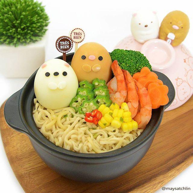 My new pot from the latest Sumikko Gurashi lucky dip  For more kawaii & yummilicious ramen, do check out the recent food posts by my dear bento friends @5ambento & @cancan_ku  p.s. lucky dip still going on at Seimon-Cho  #cuteramen #bento #obento #charaben #characterbento #kyaraben #foodart #cutefood #sanx #sumikkogurashi #tonkatsu #shirokuma #maysatchmylovefromthecorner