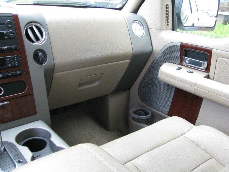 """2007 Ford F150 4WD SuperCrew 139"""" XLT DALLAS AUTO"""