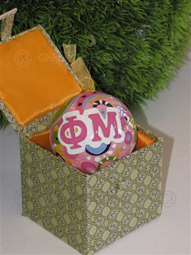 Phi Mu Round Psychedelic Ornament