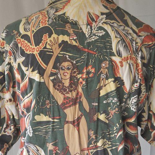 Tommy Bahama Pin Up Tiki Mug Surfer Mascot Hawaiian Shirt | size Medium Retro Leis