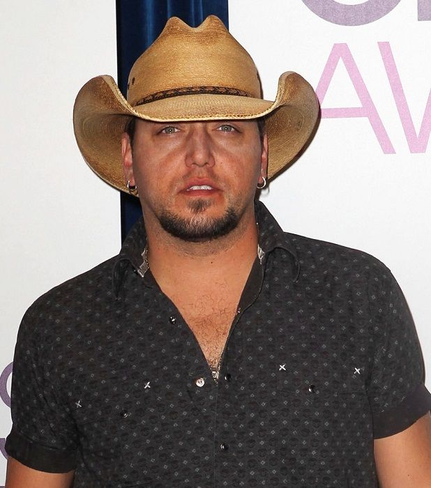 jason aldean american country singer