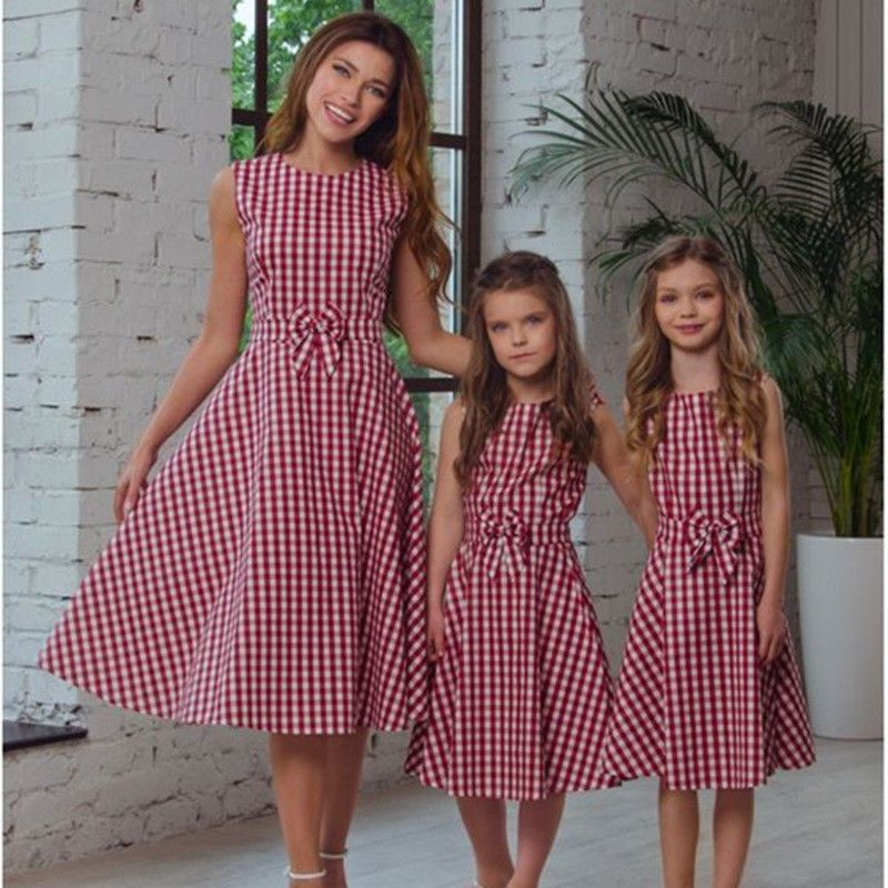 Mother daughter dresses matching