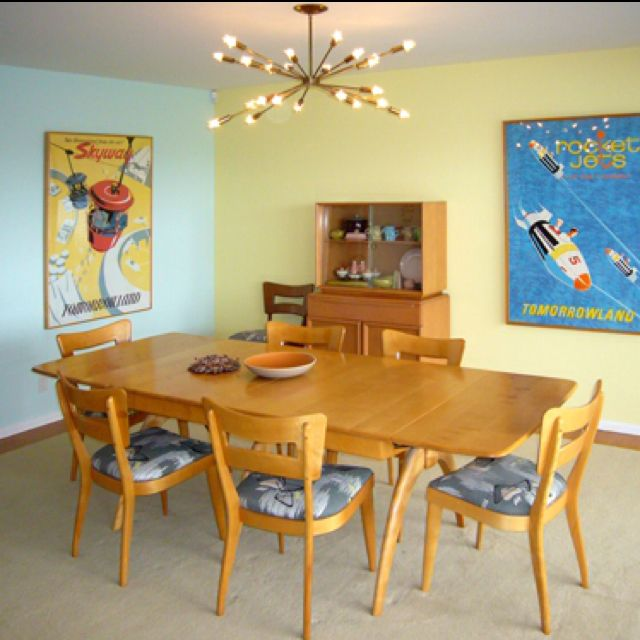 Vintage Mid Century Dining Rooms: Heywood Wakefield Wishbone Dining Table~ Hoping This Will