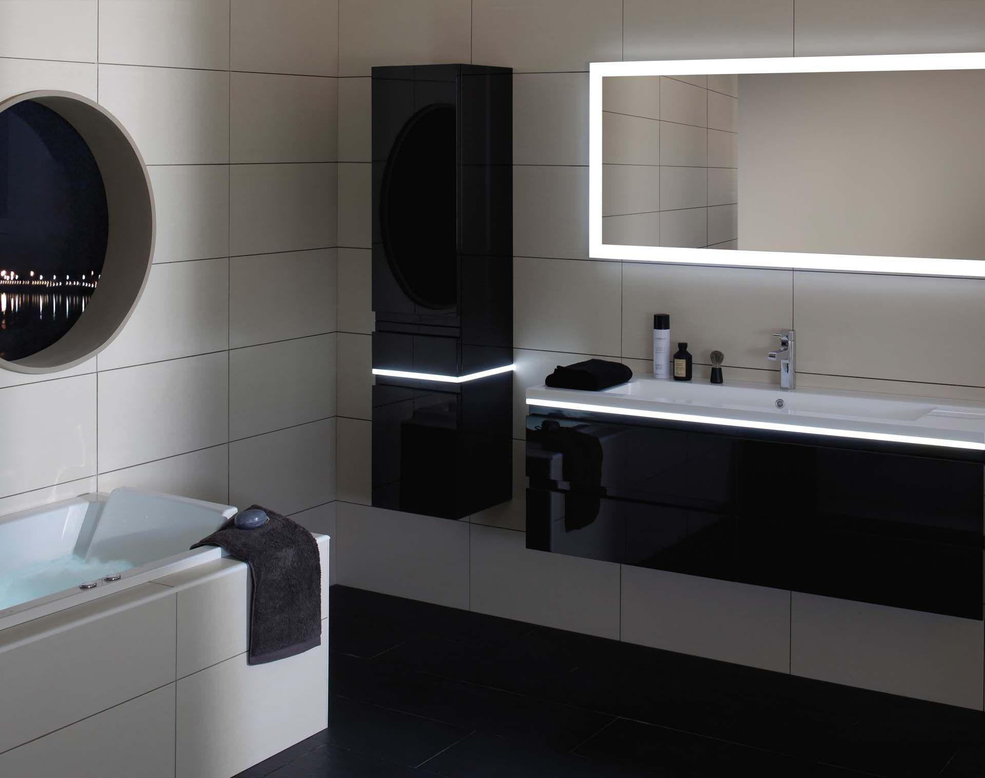 Miroir Eclairant Salle De Bain pour un effet fun garantit, on habille ses meubles de led