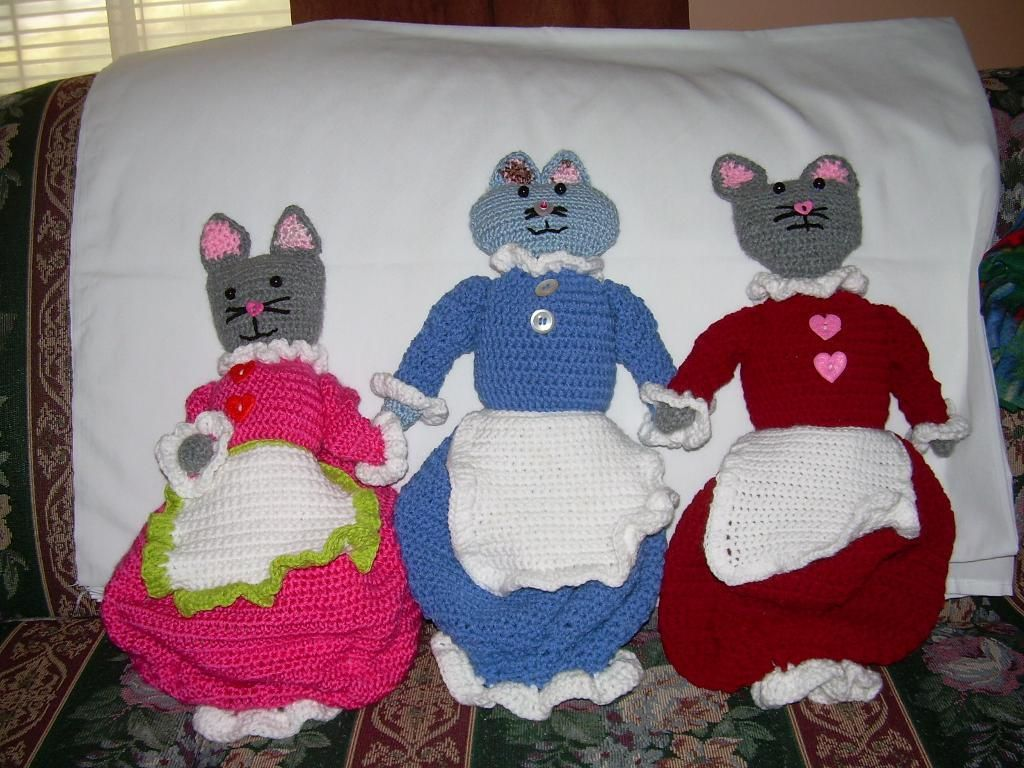 Crochet Free Cat Projects   Crocheting Ideas   Project on Craftsy: Cat - Plastic Bag Holder