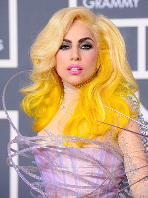 Lady Gaga Yellow Hair Hair Colors Ideas Yellow Hair Yellow Hair Dye Hair Dye Colors