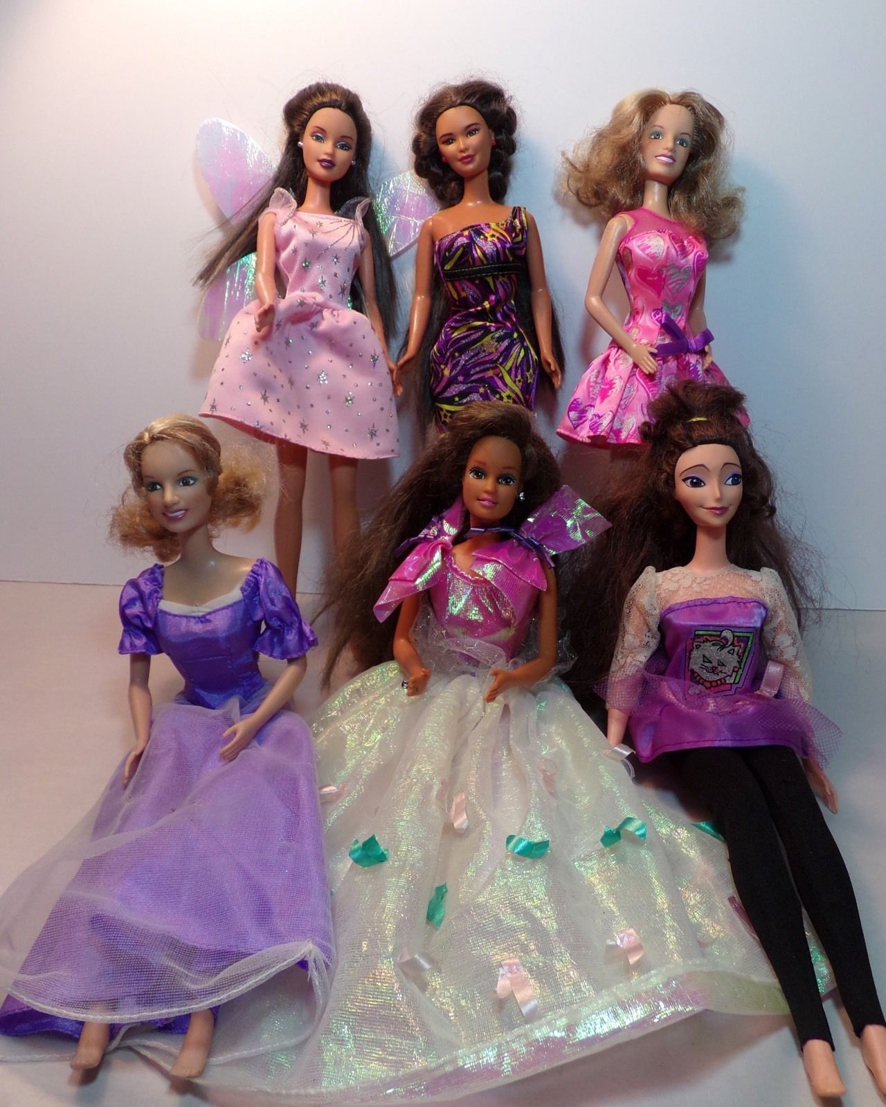 Mixed Lot Of 6 Barbie Fashion Dolls Collectibles Ebay With