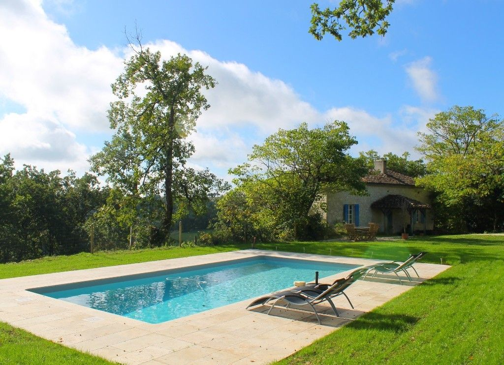 Découvrez cette jolie maison avec piscine à Blaymont en Aquitaine - location maison cap d agde avec piscine
