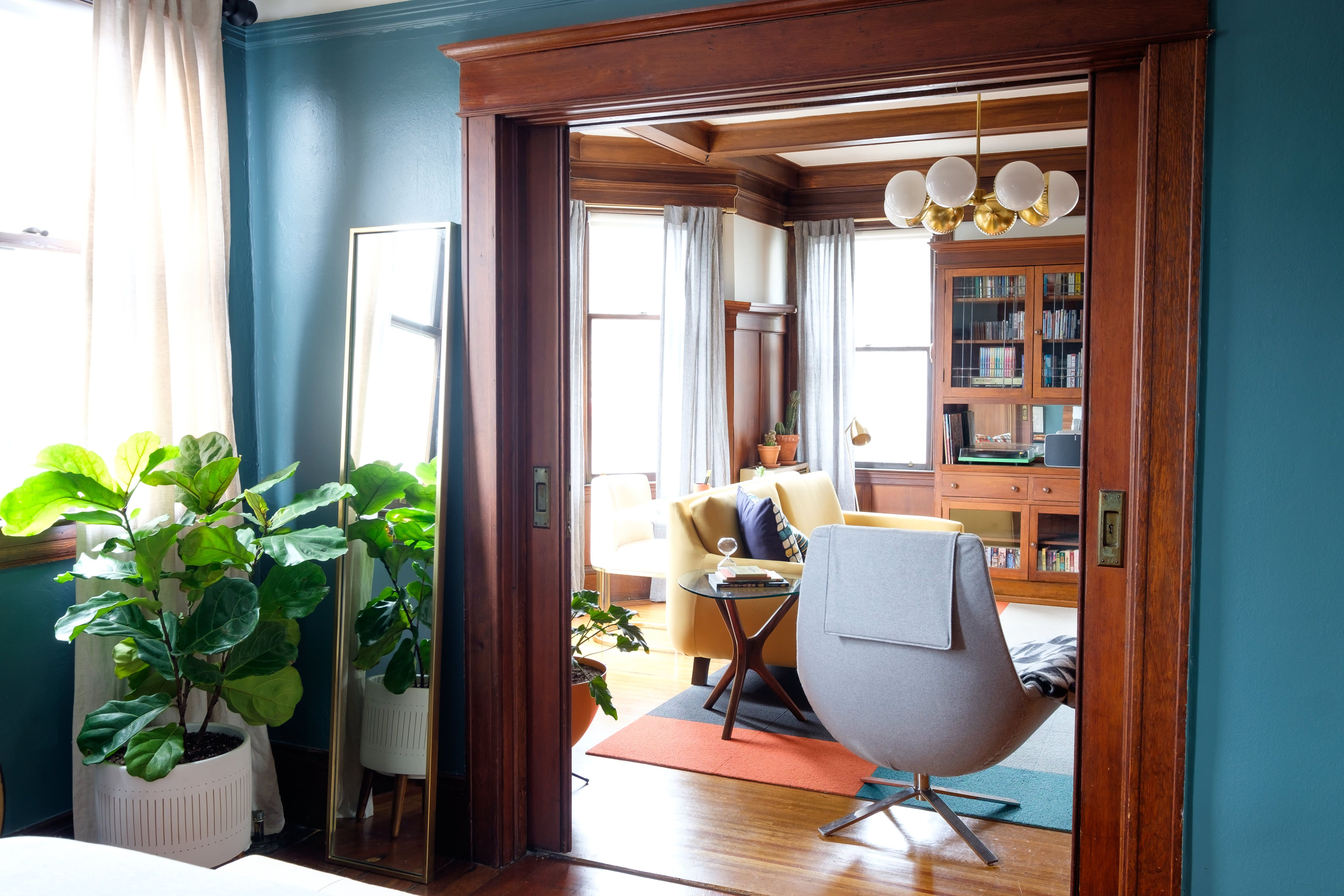 A Small San Francisco Rental Apartment Is Full of Warmth