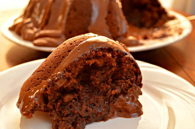 Tunnel of Fudge Cake Recipe http://recipesforourdailybread.com/2013/04/18/tunnel-of-fudge-cake/