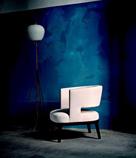 Flexform Mood, made in Italy: Astrid armchair, project by Roberto Lazzeroni. #piso18casa-flexform #masaryk #flexformmood #flexform #luxury #luxurylifestyle #qualitybrand #beautifullifestyle #madeinitaly #piso18casa_flexform #italiandesign #contemporarydesign #contemporaryinteriors #contemporary #modern #modernfurniture #moderndesign #moderninteriors #luxuryfurniture #interiordesign #luxeinteriors #interiorarchitecture #polanco #furniture #robertolazzeroni #armchair #flexformmexico…