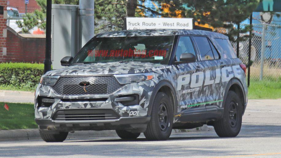2020 Ford Explorer Police Interceptor Hybrid Revealed In Spy Shots