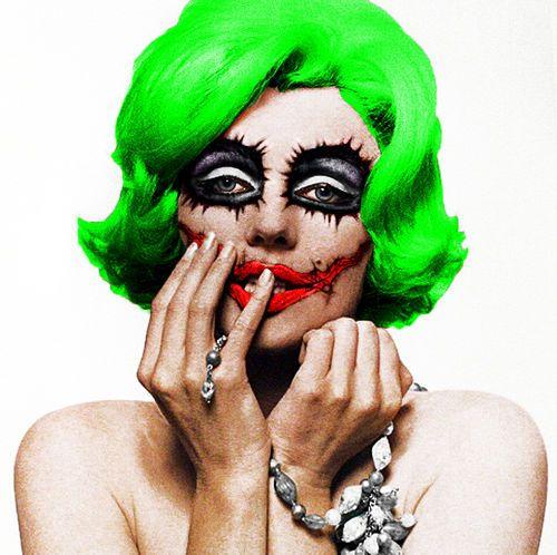 Marilyn Monroe Changes Faces  -joker