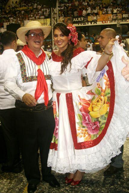 cbae0418f Neiva Huila Colombia  INDUMENTARIA DEL BAMBUCO HUILENSE Trajes Tipicos  Colombianos