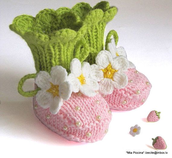 Knit Baby Booties Pink Strawberry Booties Hand Knit Baby Girls Shoes ...