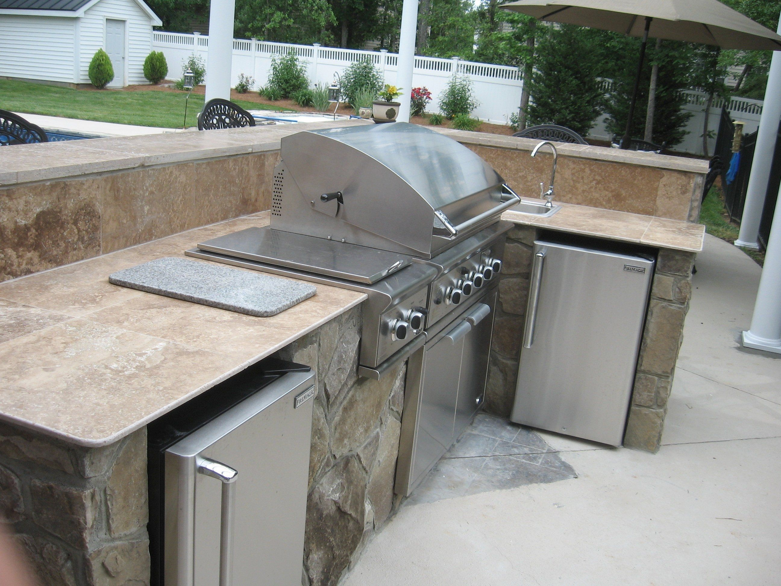 tile countertops for outdoor kitchens | outdoor kitchen countertops