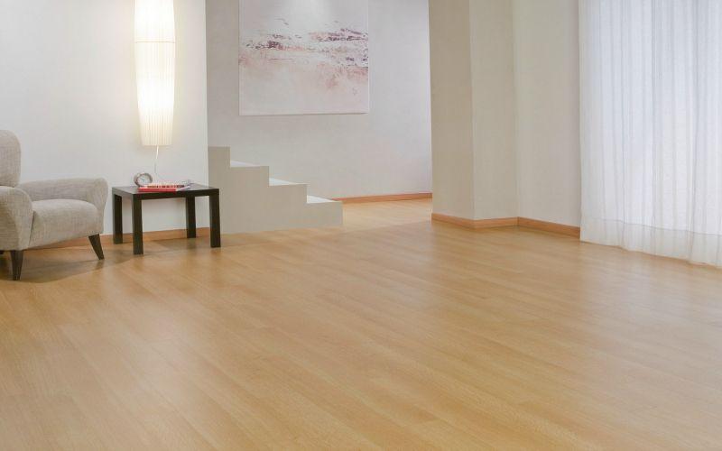 Tarima finsa la mejor madera gallega para interior y exterior tarimas laminadas tarimas - Tarima madera interior ...
