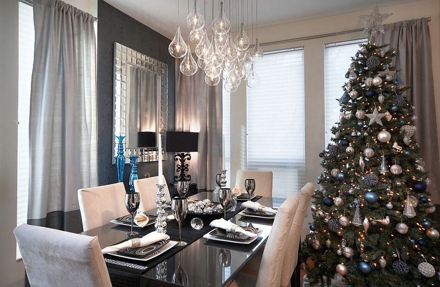 21 Christmas Dining Room Decorating Ideas With Festive Flair Christmas Dining Room Dining Room Decor Beautiful Dining Rooms