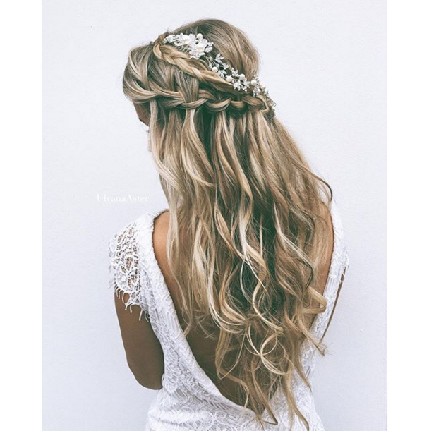Wedding Hairstyles Boho: Braided Down Wedding Hairstyle. Instagram/@ulyana.aster