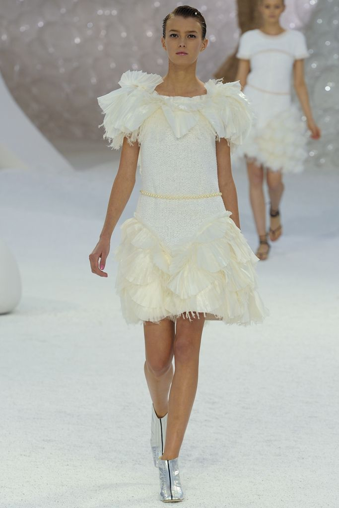 Chanel Spring 2012 Ready-to-Wear Collection