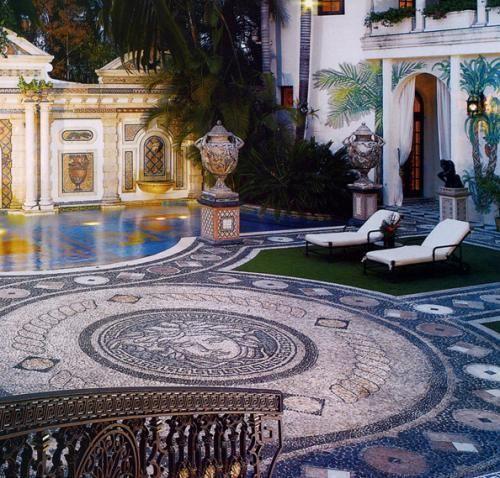 Bookingcom The Villa Casa Casuarina  Miami Beach USA