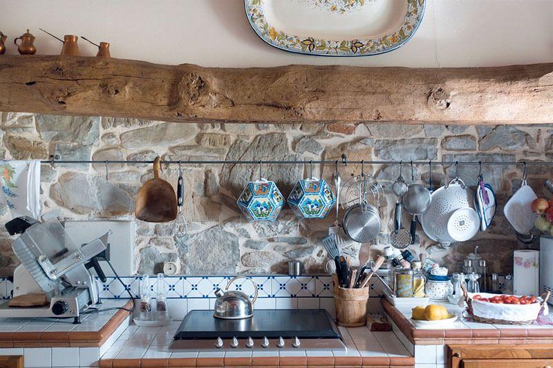 L\'arredamento di una casa in montagna permette di elaborare infinite ...