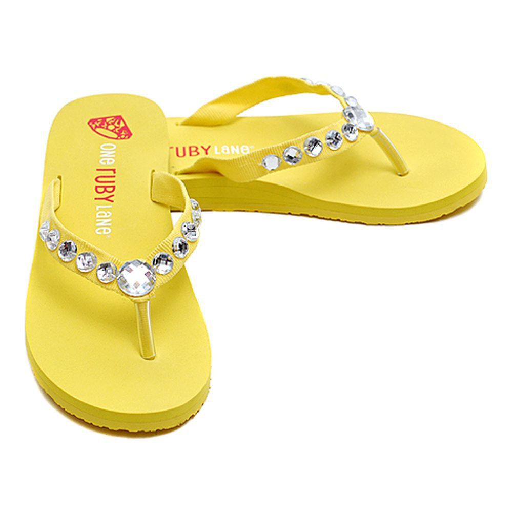A cute pair of yellow flip flops for your little girl.  These stylish flip flops feature a large jeweled strap.  Cute for any occasion.