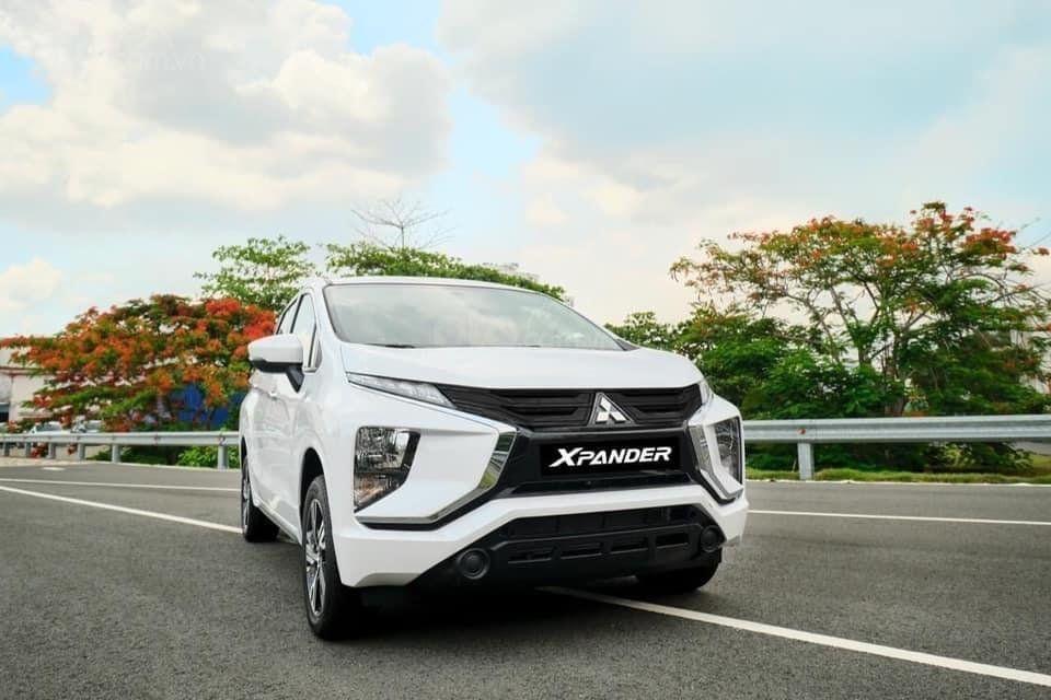 Mitsubishi Xpander 2020 đa Co Xe Giao Sẵn đủ Mau Chỉ 175tr Nhận Xe Hậu Mai Tốt Nhất Miền Trung Trong 2020 đen Halogen Xe Hơi Xe Cộ