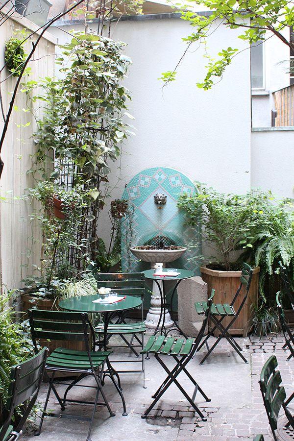 A NotToMiss Garden Cafe in Zurich // Peclard Garden