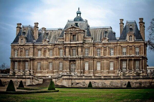 Chateau De Maisons Laffitte Via Flickr Castle Estate French Castles Chateau France