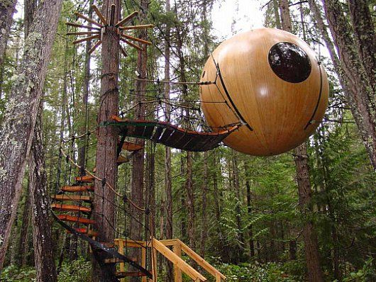 Spherical treehouse