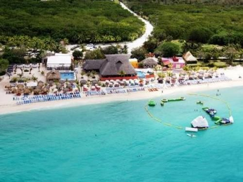 Picture Of Mr Sanchos Beach Club In Cozumel Mexico