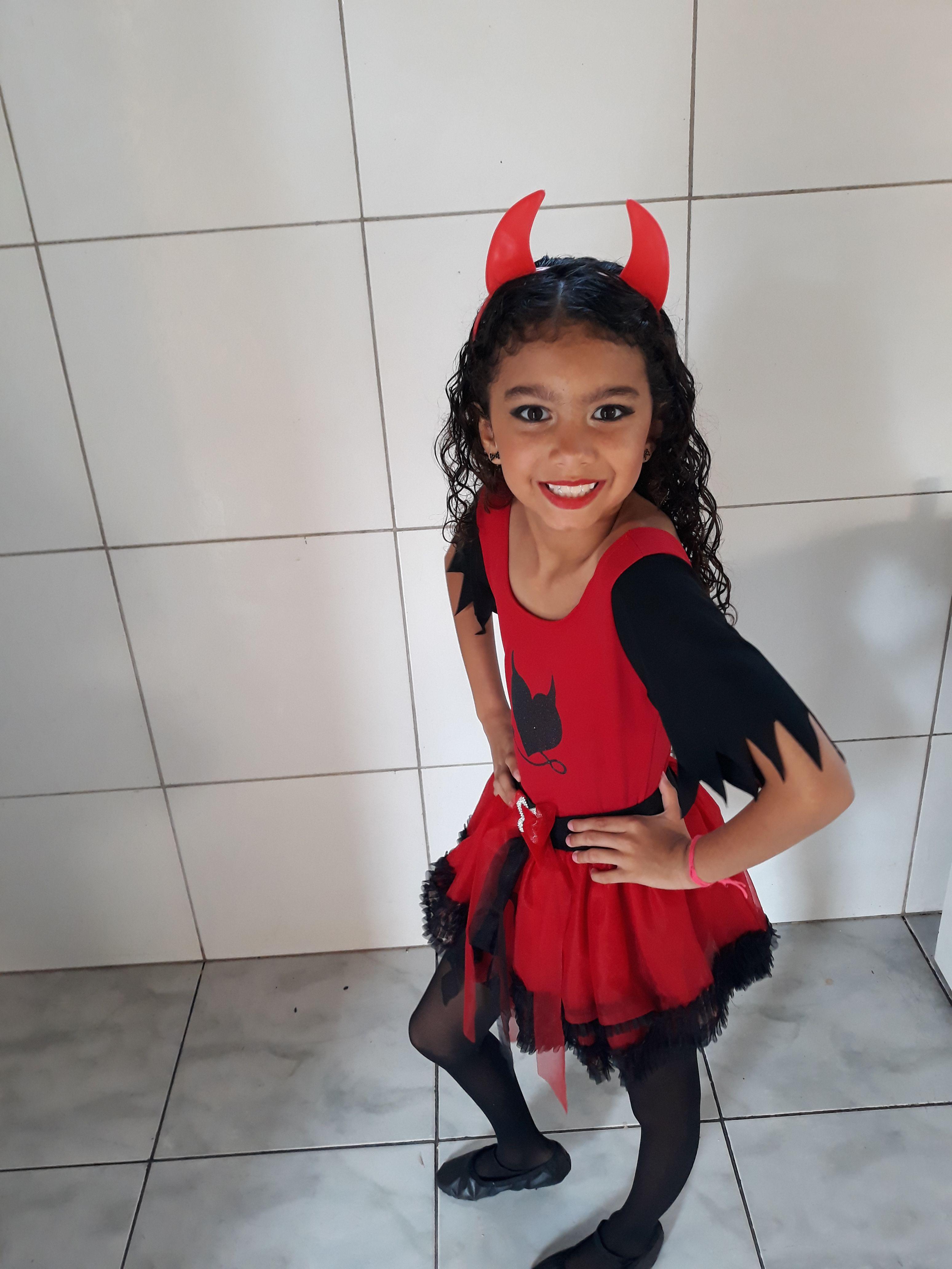 50b624ce6 Já escolheu sua Fantasia de Halloween? 👻 . . Cliente faça parte do nosso  mural