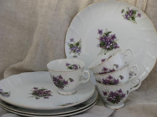 spring violets china vintage snack sets tea cups and luncheon plates & spring violets china vintage snack sets tea cups and luncheon ...